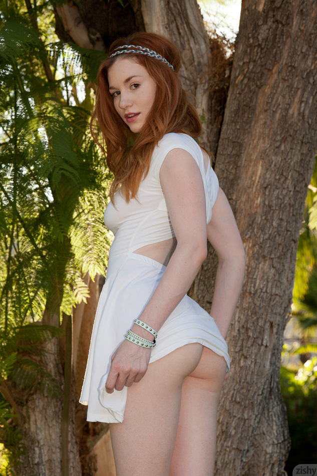 emily-archer-palm-springer 3