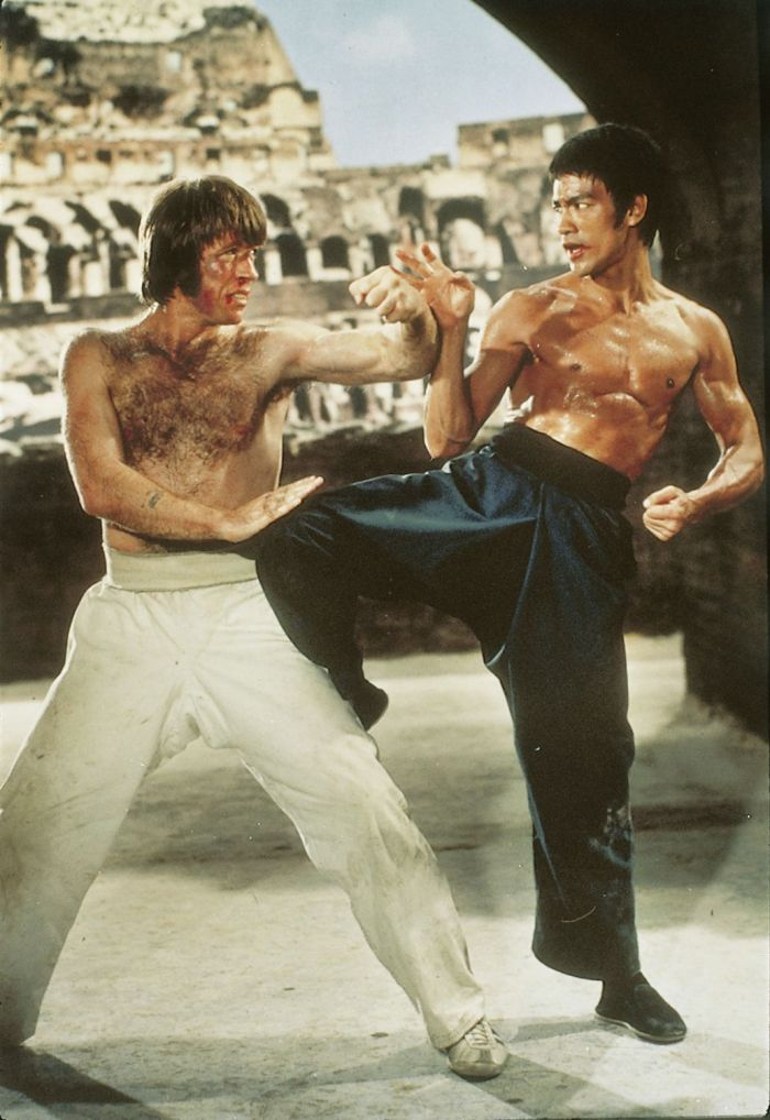 bruce-lee-vs-chuck-norris-way-of-the-dragon-2