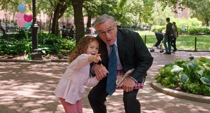 still-of-robert-de-niro-and-jojo-kushner-in-the-intern-2015-large-picture