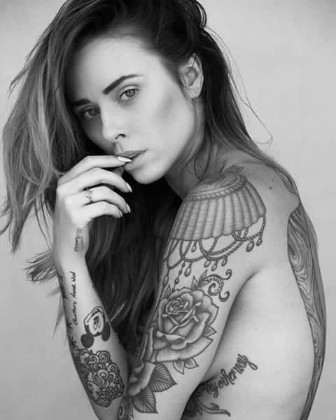 Alysha Nett (27)